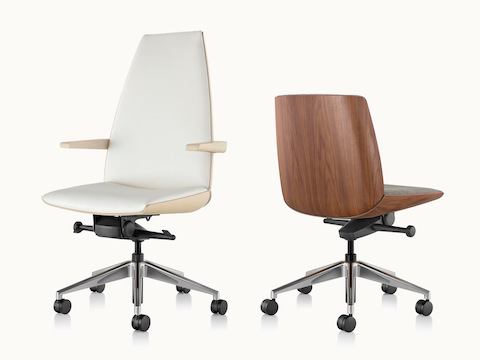 A high-back Clamshell office chair with arms, viewed from the front at an angle, next to a low-back version without arms, viewed from behind at an angle.